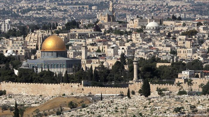 Мисли за понеки дан у години: Јерусалиме, Јерусалиме ... Ето, оставља вам се дом ваш пуст - Čudo